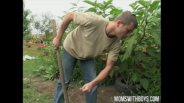 European mom makes her young gardener her sex boy toy Thumb