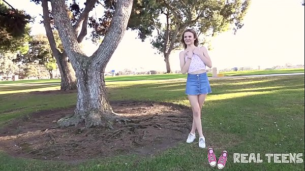Real Teens - New girl Addee public flashing & masturbation Thumb