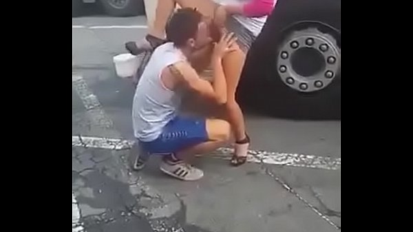 street pussy eating Thumb