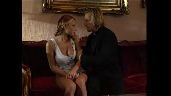 Мамки в трусиках порно фото