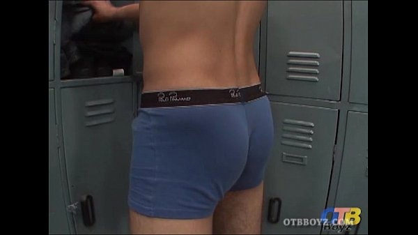 2018-12-25 16:01:40 - Young Latinos Damian and George Enjoy Barebacking 7 min  http://www.neofic.com