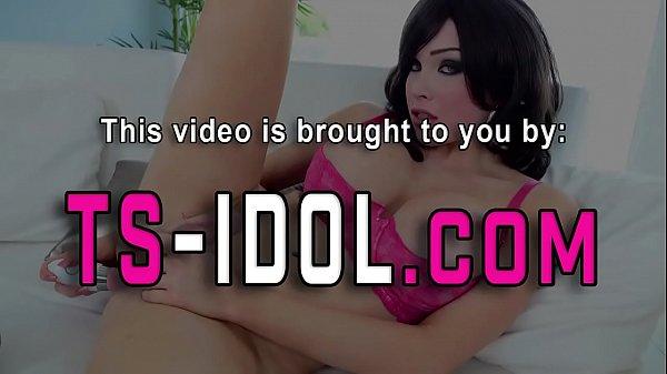 Онлайн порно анал огромный фалос