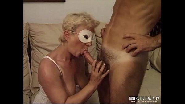 Porno italiano moglie vecchia