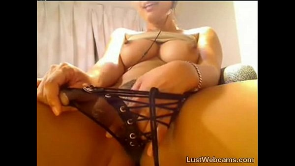 Busty Asian cam babe plays with her pussy Thumb