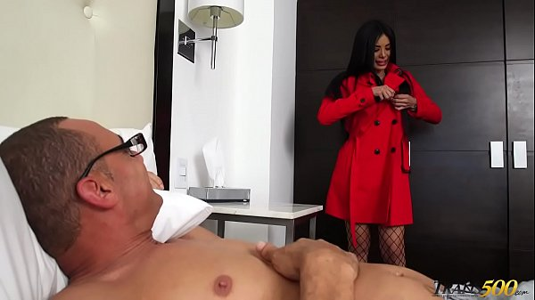 Valeria Danae Has Her Ample Shemale Ass Plowed