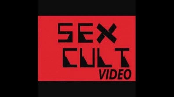 Анал месячные видео