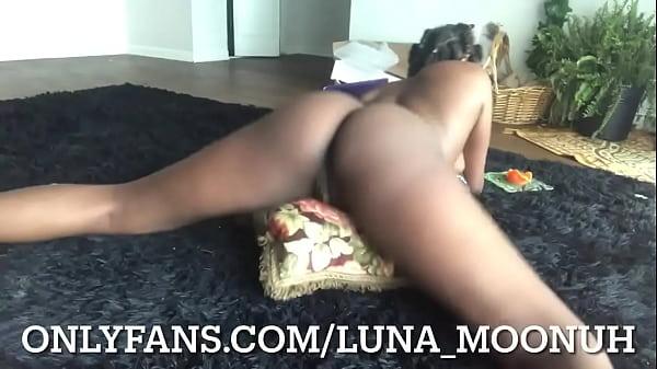 Like fucks her clit on her pillow