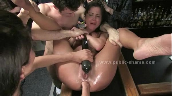 Men fuck slut in fast food spanking the slave before fucking her roughly Thumb