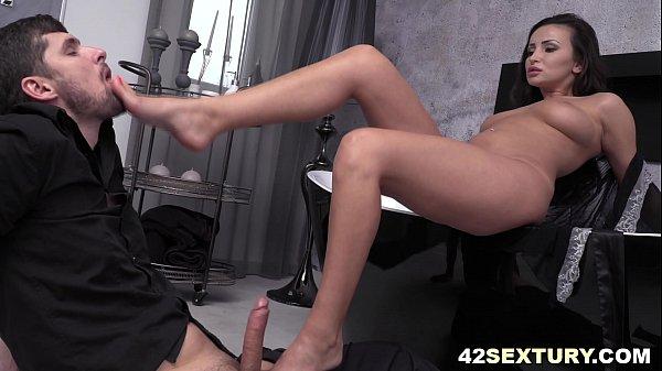 Alyssia Kent - Foot Fetish Thumb