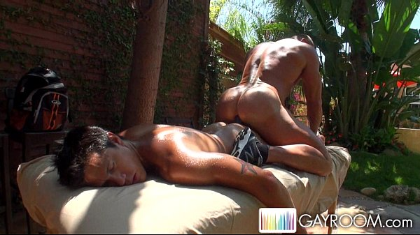 2018-11-11 16:33:54 - Two Gays Outdoor Sex 6 min  HD http://www.neofic.com