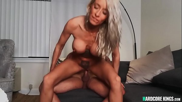 Muscled bf fucks big boobs girlfriend Thumb