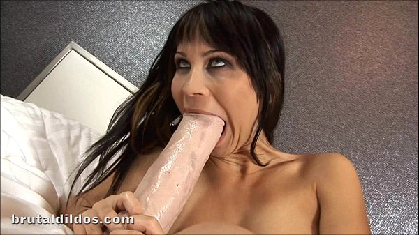 Russian slut Sonia fills her pussy with a brutal dildo