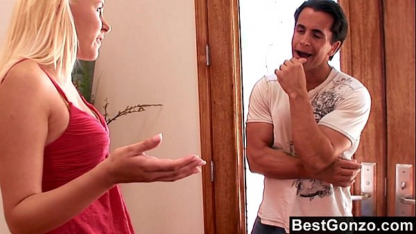 Slutty stepsister gets what she wants Thumb