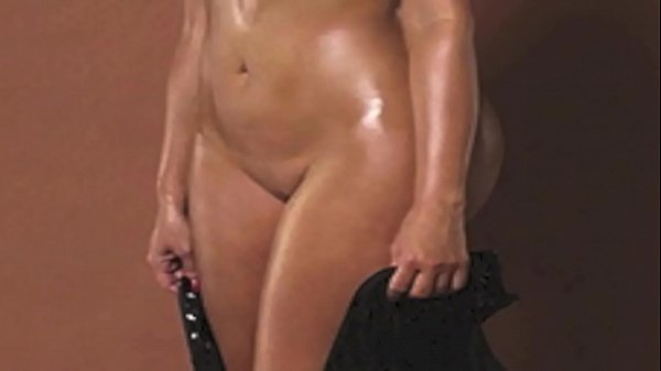Kim Kardashian Uncensored: http://ow.ly/SqHxI Thumb
