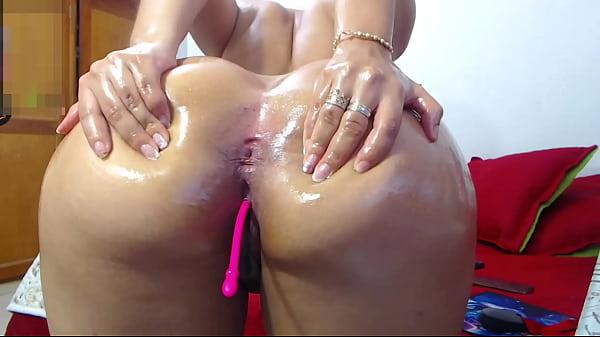 Mega ass latina big and round booty 2 Thumb