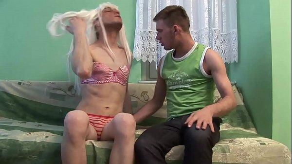 Видео молодых геев смотреть оннлайн