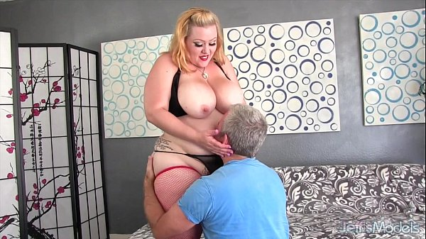 Big ass and boobs girl takes fat cock Thumb