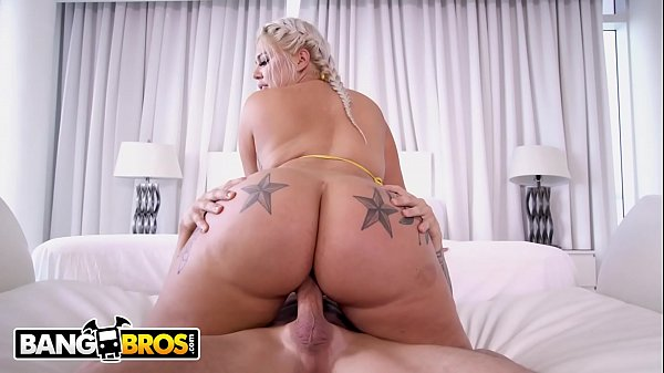 BANGBROS - Big Booty White Instaho Ashley Barbie Riding Tyler Steel's Cock On The Couch (Loop)