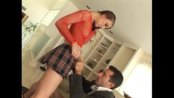 Brunnete slut in mini skirt gets dp Thumb