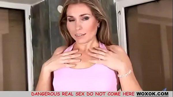 Порно мама застукала дочку с парнем