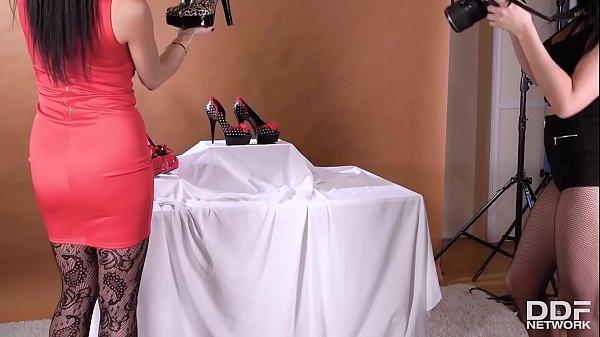 Horny babes Ania Kinski & Valentina Ricci in... thumbnail