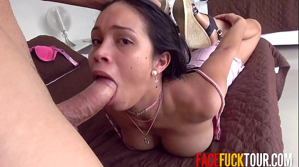 Big Tits Latina Babe Deepthroating Big Cock