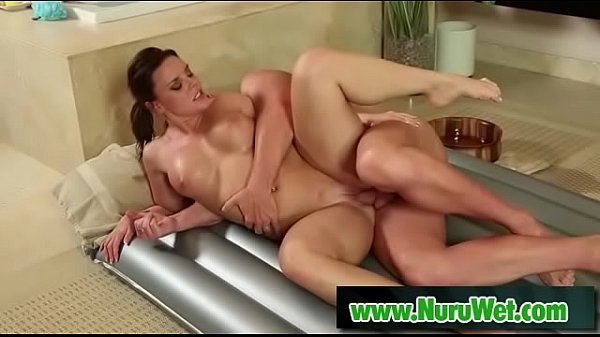 Nuru wet sex - Eric Masterson & Christina Lynn Thumb