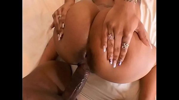 Blonde ebony Sweet Sinsacion with big tattoos is so horny that cannot help herself