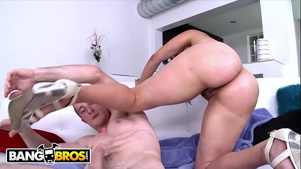 BANGBROS - Carmen Ross Gets Her Latin Big Ass Fucked By Brick Danger Thumb