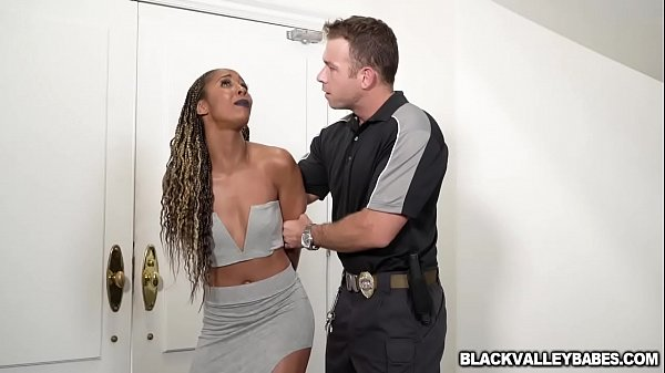 Misty Stone Is Under House Arrest So She Makes The Best Of It Thumb