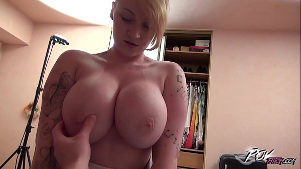 Harmony Reigns play with her monster boobs more than with dude who fuck her