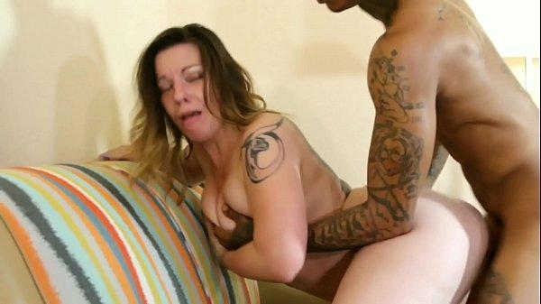 Amanda Panda fucks Ralph Whoren in hotel