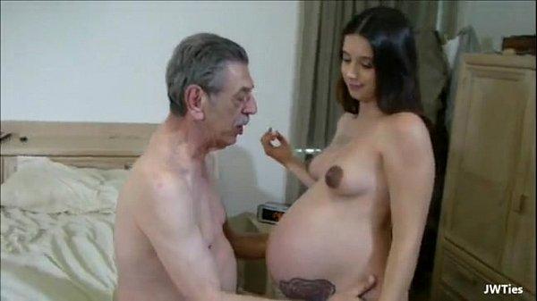 مقاطع سكس مصري اب يجعل ابنتة الحامل تمارس الجنس معه