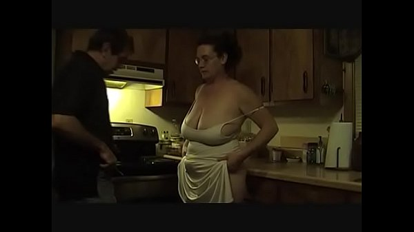 mature amateur ebony housewives fucking to pay rent