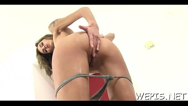 Male gives slim jim and balls to tough sucker sweetheart Sindy Vega