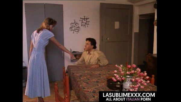 Porno anale con mamma dai seni amico italiano