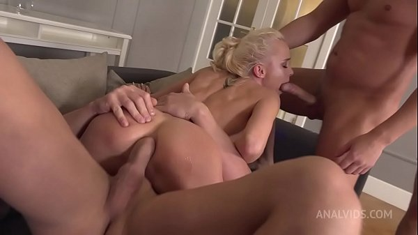 Pee drink with beautiful Russian gymnast Lara Frost! 3on1, Gape, DP(double penetration), Deepthroat and cum in mouth NRX046