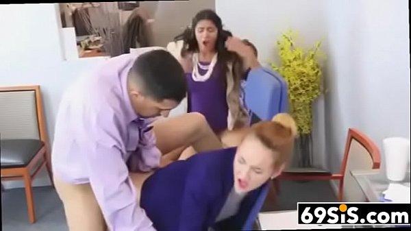 Porno medico scopa moglie mentre marito