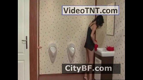 Порно леди с сюрпризом