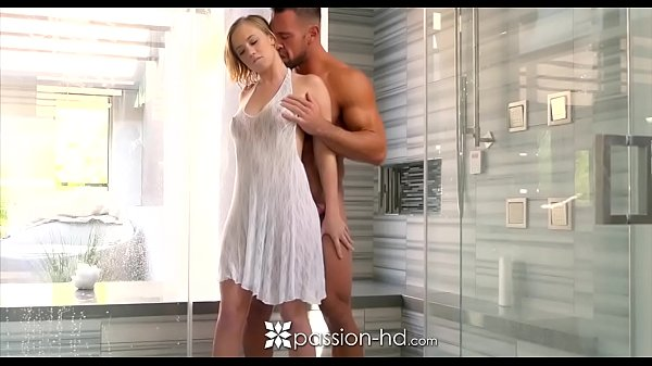 PASSION-HD Shower fuck and creampie with blonde big booty Bailey Brooke Thumb