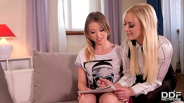 Hot Milf Amber Deen shares young student Vera Wonder with her horny hubby Thumb