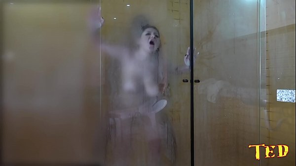The gifted took the blonde in the shower after the scene - Rafaella Denardin - Ed Junior Thumb