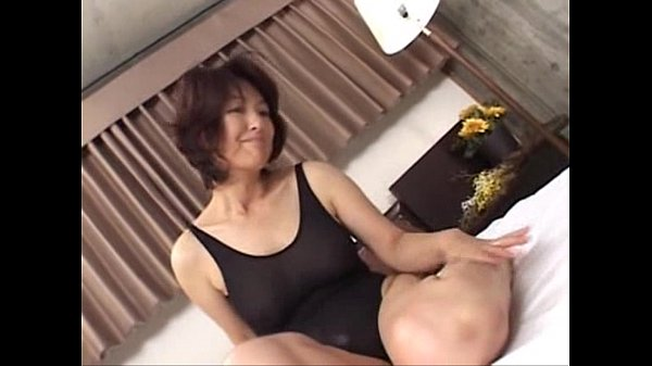 Mature asian a lone mom making sex in swimming ...