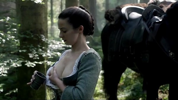 Laura Donnelly Outlanders milking Hot Sex Nude Thumb