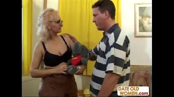 konchaet-v-kameru-porno