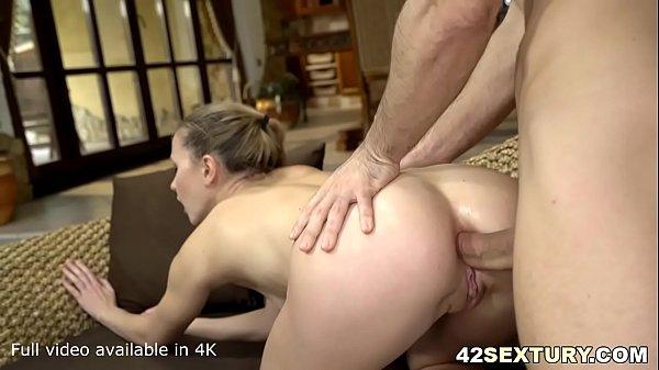 Amazing Ivi Rein gets anally pleasured Thumb