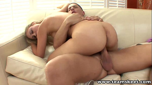 סרטי סקס TeamSkeet Blonde girlfriend banged by her horny boyfriend