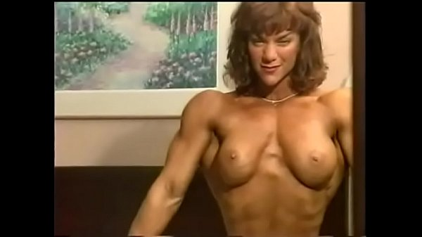 BIG MUSCLES GIRL 122