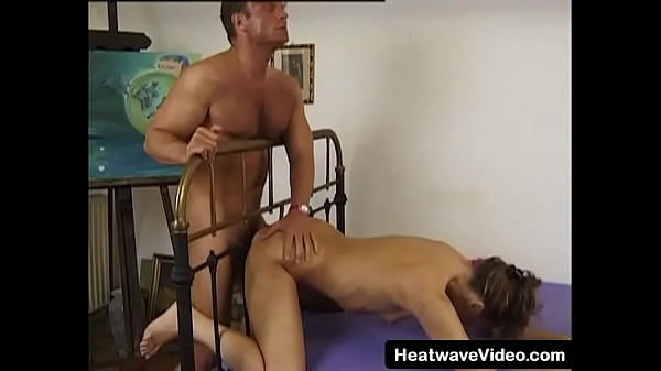 Hot MILF who still has a firm body gets fucked by an artist Thumb