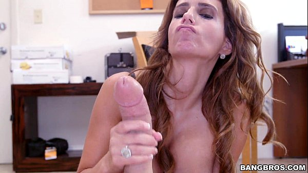 Latina MILF wants to be in Porn Thumb